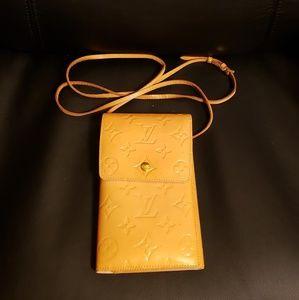 Authentic  Louis Vuitton Shoulder bag Wallet